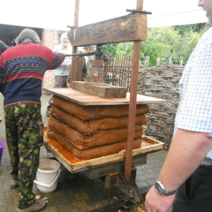 Etling Green Cider Press